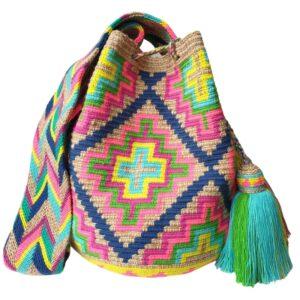 mochila torebka w stylu boho wakacyjna kolorowa z chwostami