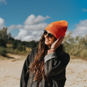 fluo czapka beanie pomarańczowa