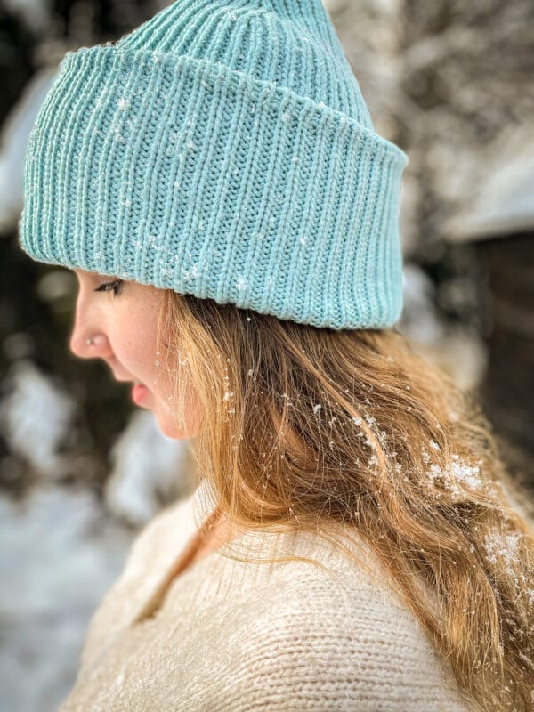 niebieska czapka beanie zimowa ciepła