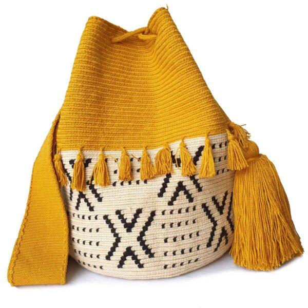 żółta torebka w stylu boho z chwostami