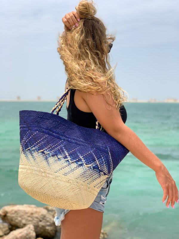 wakacyjny plażowy wiklinowy kosz